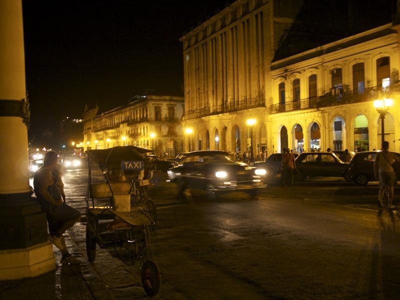 Havanna bei Nacht. C: Fräulein Immerglück