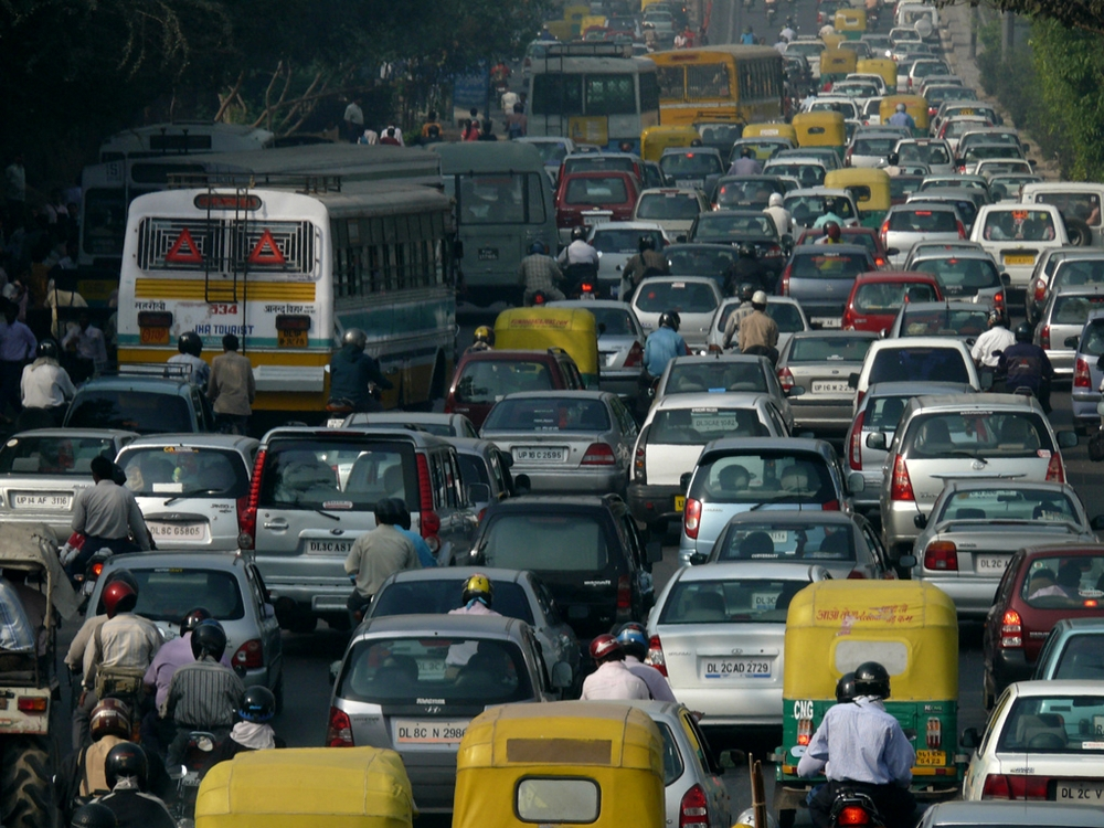 Foto: Wikipedia. der indische Straßenverkerkehr ist eine Zumutung für die Ohren.