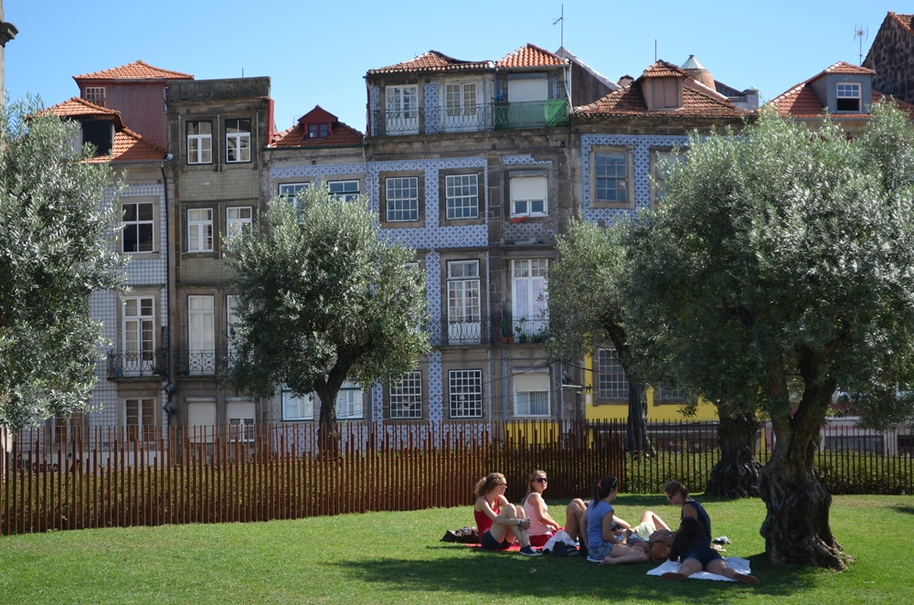 Portugal+Kerb 1245