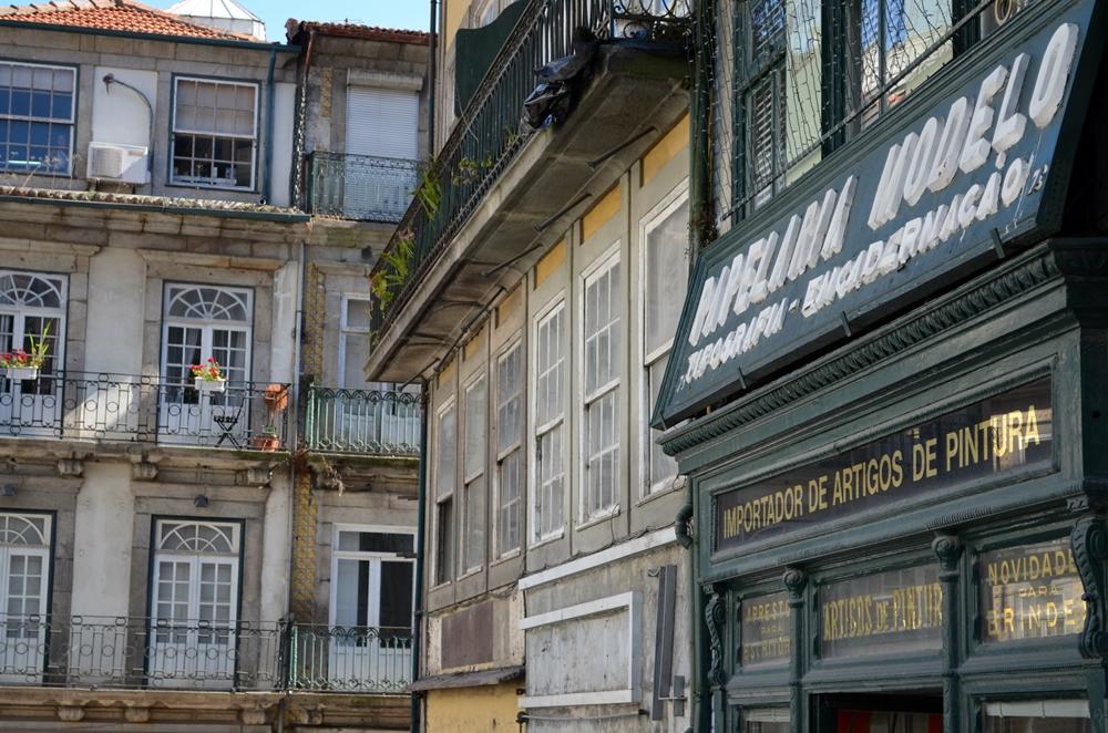 Portugal+Kerb 1252
