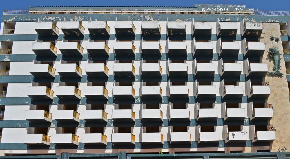 Hotelburgen gibt es natürlich auch in Lagos... Foto: Schattauer/Bezirzt
