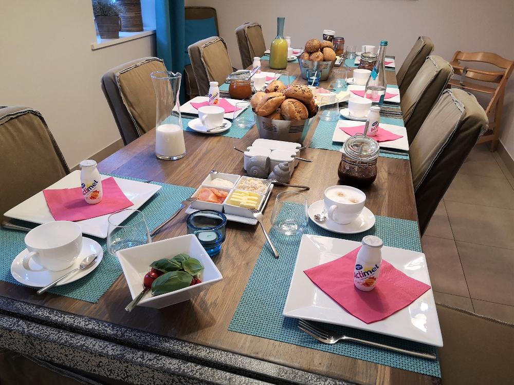 Frühstückstisch in der Villa 54° Nord